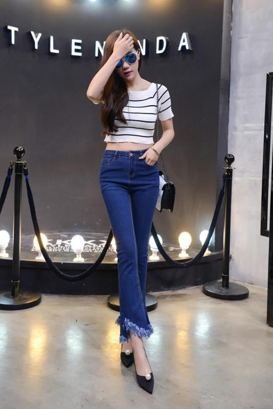 женские джинсы укороченные клеш