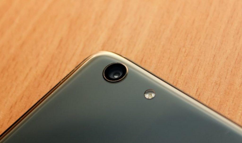 камера Elephone S7