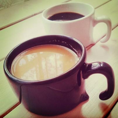 Тающая кофейная чашка
